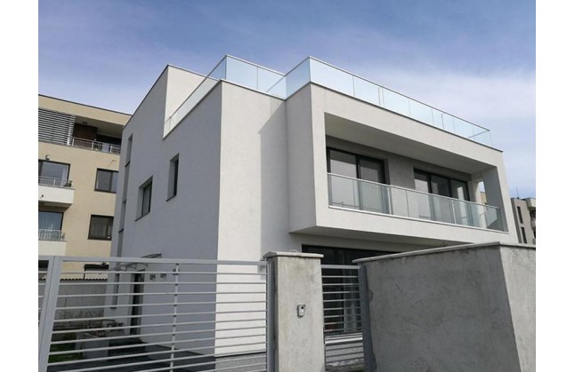 Проект на съвременна еднофамилна сграда